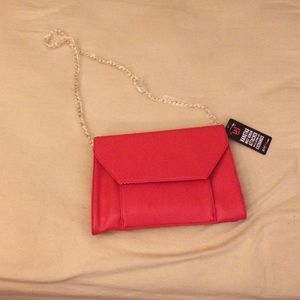 JustFab red clutch! With detachable Gold chain!!