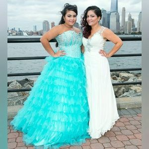 Dresses & Skirts - Quinceanera / prom dress