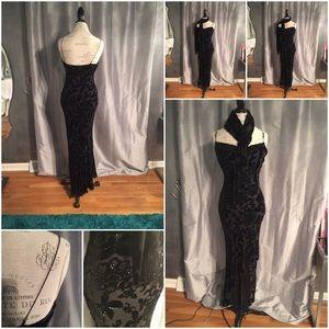 Exquisite Black Dress
