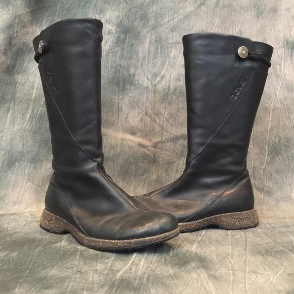 473e14e387ee35 Teva Montecito Leather Boots. M 564c0525f739bc032a007b2b