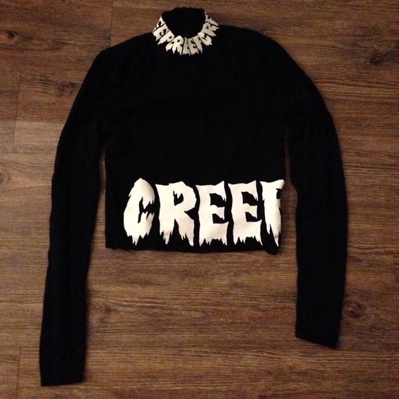 3fb9604cb1c478 H M Tops - H M creep shirt crop top limited edition