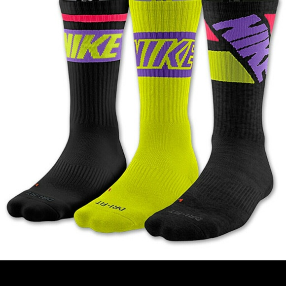 597b18a92 ... nike dri fit cotton cushioned crew socks medium ...