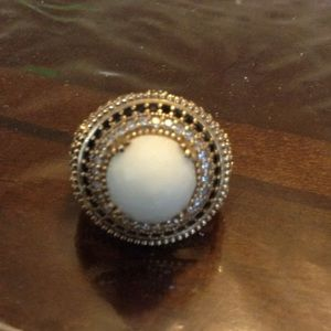 Jewelry - NATURAL WHITE OPAL TOPAZ RING