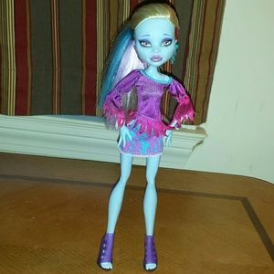 Monster High OOAK: Icesis Bominable for sale