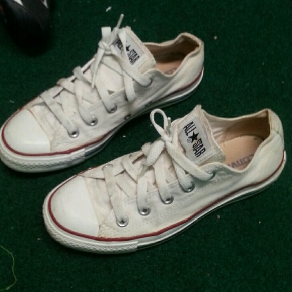 dd83c3cac4c6 Converse Shoes - White Converse All Star Chuck Taylor size 4