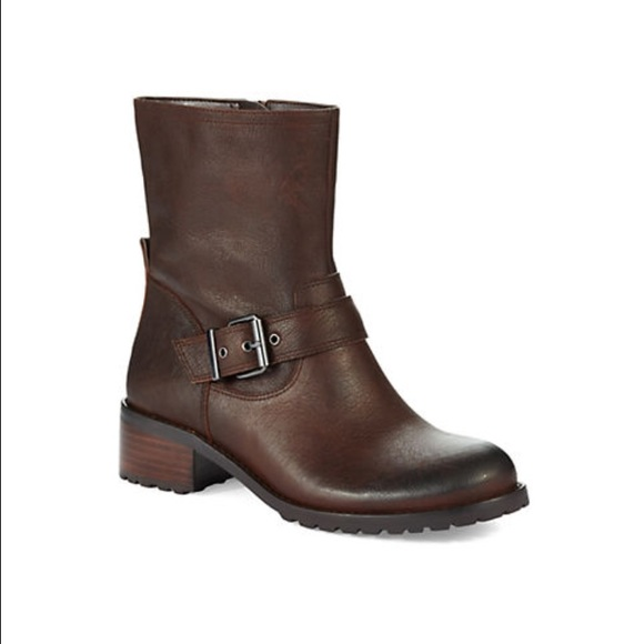 Boots In Movies Movies and TV series with boot scenes, recommended by bootmen. A bootman posted a message on the HOT BOOTS