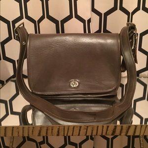 Sale! {Coach} Vintage Leather Shoulder Bag