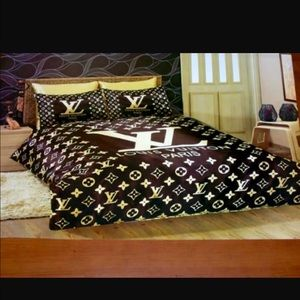 Louis Vuitton Bedding Bed Set Poshmark