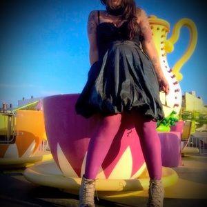 BCBGMaxAzria Dresses & Skirts - BCBG MAXAZARIA PARTY DRESS 8 MED