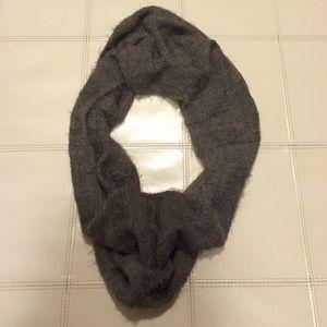 Super cozy circle scarf never worn crazy soft