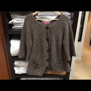 ❤️❤️Manoush sweater size large. Like new!❤️❤️