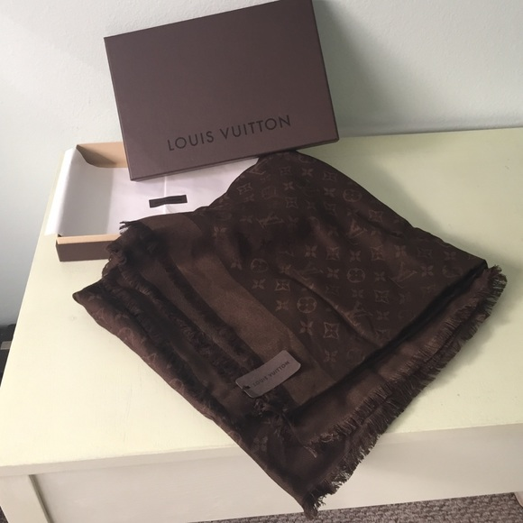 cbb659e16b4f Monogram Louis Vuitton cashmere shawl. Brand new!