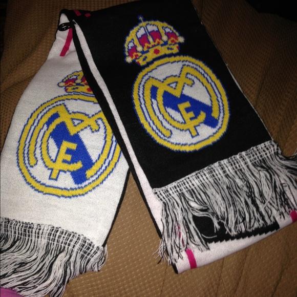 Accesorios de futbol adidas Real Madrid poshmark Invierno bufanda de punto