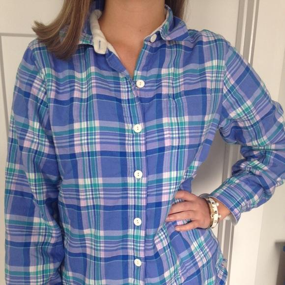 a4764df660c87 L.L. Bean Tops - Women s LL Bean fleece-lined flannel shirt