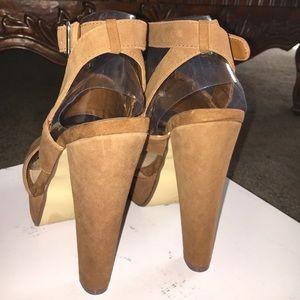 ff2a39acc00 Steve Madden Shoes - Steve Madden Dezzzy Chestnut Suede Platform sandal