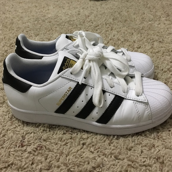 adidas trainers for kids size 4