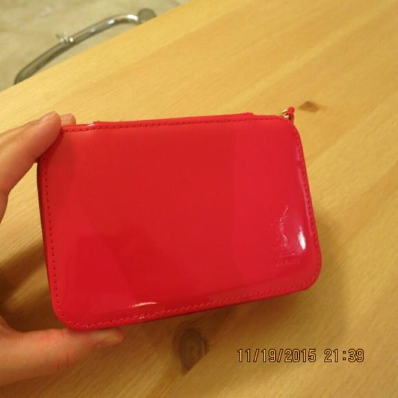 73146d648e27 YSL beauty makeup bag. M 564e9d71d14d7b5611006d64