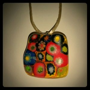 Jewelry - Groovy handcrafted flower necklace