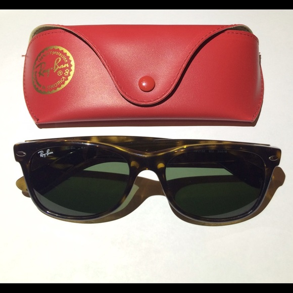 a5af525736 Ray-Ban New Wayfarer Classic  RB2132 902 52-18. M 564eb9c9afcd0e669300d803
