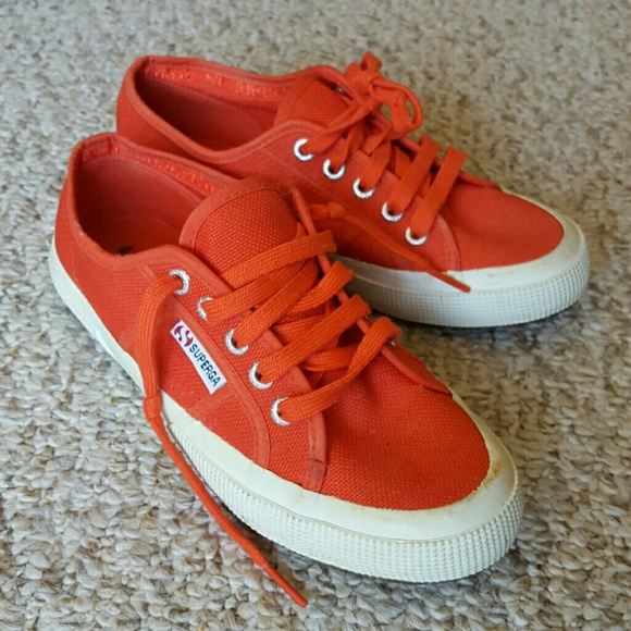 26ec2456b6ba Orange Superga Sneakers. M 564f5b5b2de5128a77010436