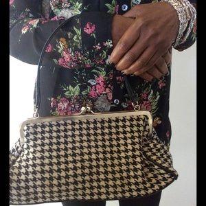Handbags - Black & White Houndstooth clutch size handbag