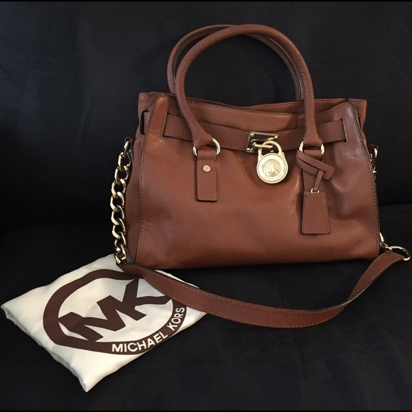 84d778c085bb Michael Kors Medium Hamilton Saffiano Leather Bag.  M 564f750713302a48e7010fbe