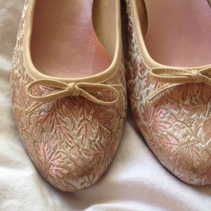 Flats size 6 but fits size7/7.5