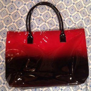 Elizabeth Arden Handbags - NEW Never worn Elizabeth Arden Ombré Tote