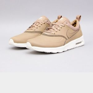 Nike Shoes - ISO: NIKE AIR MAX THEA DESERT CAMO WOMENS SIZE 7.5