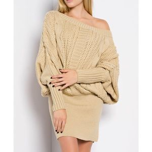 "X ""Sculptor"" Loose Long Sleeve Sweater Dress"
