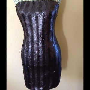 Dresses & Skirts - Navy blue party dress