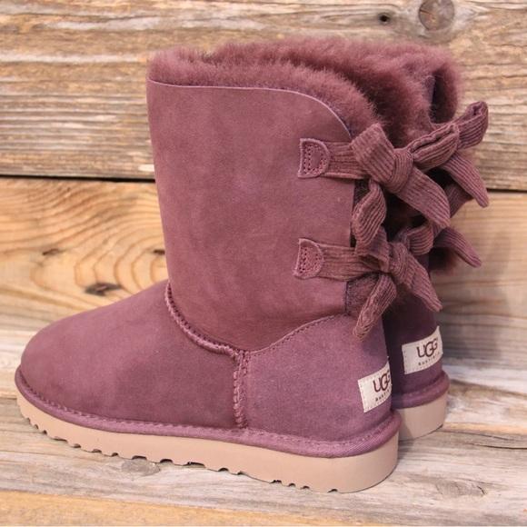 beb6ef47fe1 UGG Bailey Bow Corduroy Port Sheepskin Boots US 7