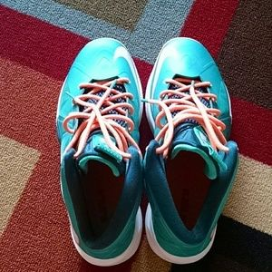 pretty nice 560b6 2f6c8 Lebron James Shoes - Nike Lebron X 10 Miami Dolphins KIDS shoe