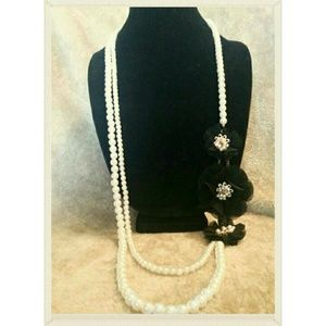 Pearl & Black Flower Necklace