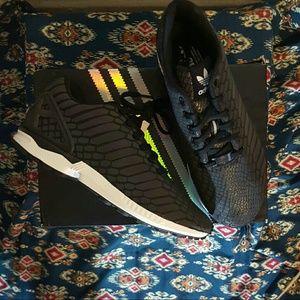 Adidas Zx Flusso Donne Xeno Dimensioni 9 o1wA6m