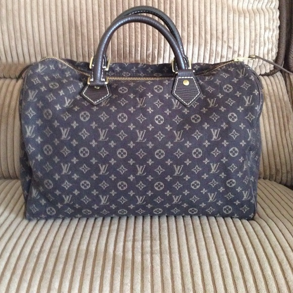e9ef585709db Louis Vuitton Handbags - Authentic Louis Vuitton mini Lin Speedy 30