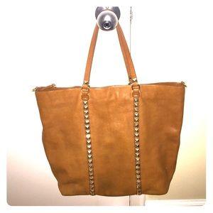 Beautiful big leather bag