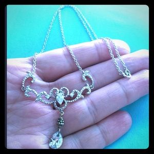 Sterling Jewelry - ✨Gorgeous Sterling Necklace