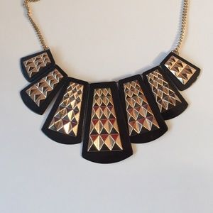 UO black and gold plated necklace