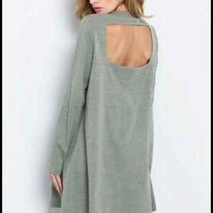 Dresses & Skirts - Green cutout back dress