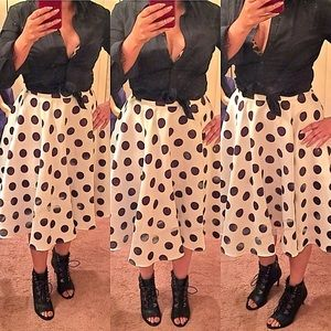 Gracia Dresses & Skirts - POLKA DOT SKIRT