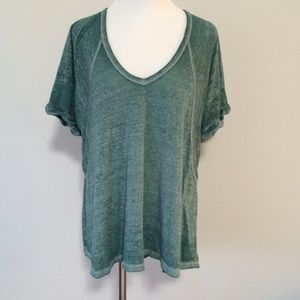Free People ▪️ Free falling Tee Shirt marled green