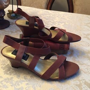 AJ Valenci Shoes - Reduced 💗 NWOT Cute brown wedges with straps