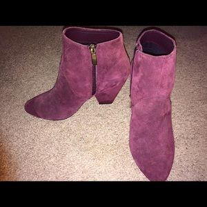 Dolce Vita - Red Gila Booties (Suede, size 6)