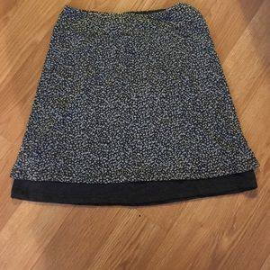 NWOT - gray pebble mini skirt