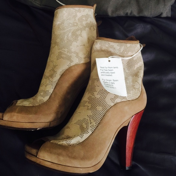 Ugg Shoes New S Real Lambskinfur Heels Size 8 Poshmark