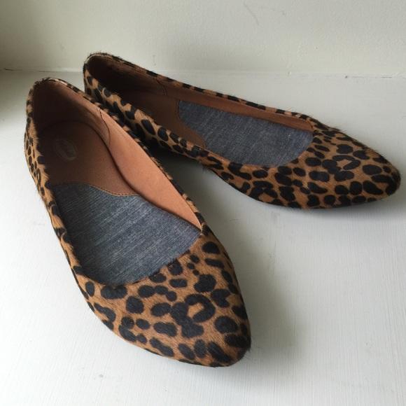 f1417dc7794e Dr Scholls Shoes - Leopard print flats