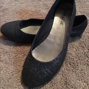 Shoes - 🎉🎉Lower East side Black sparkly flats🎉🎉