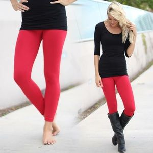 New Cozy & Chic Red Fleece Lined Leggings❤️