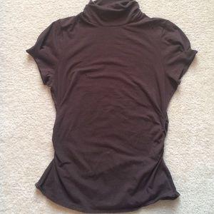 Tops - Mockneck short-sleeved top